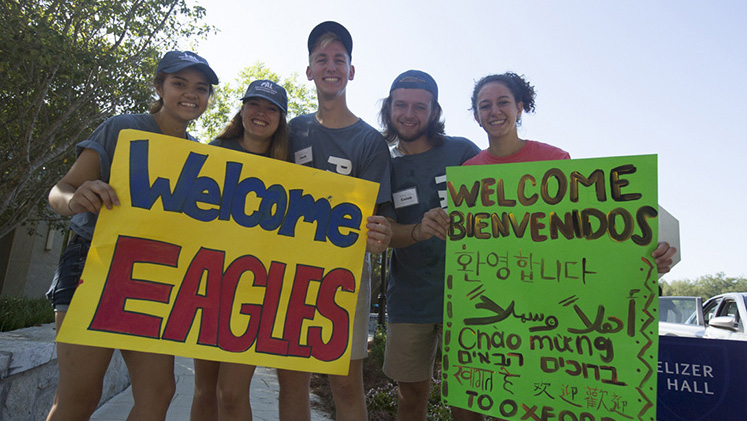 Student volunteers welcome the newest class.